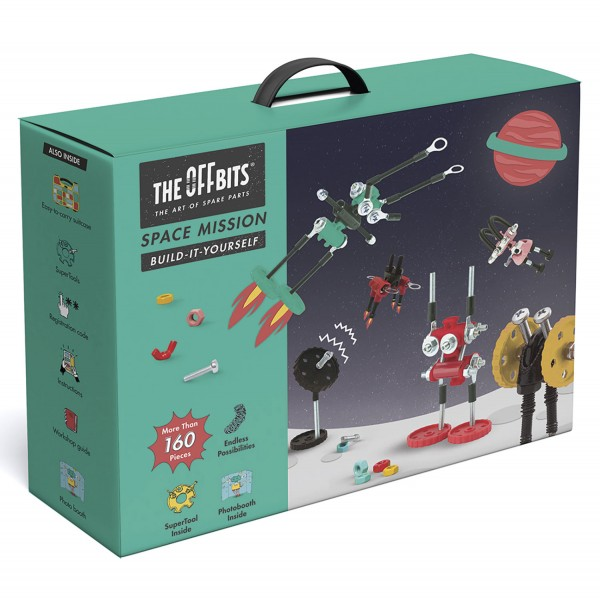 Space mission, suitcase pack more than 150 parts