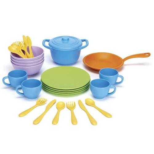 Spiel Koch- und Essgeschirr / Cookware and Dining Set